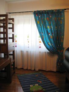 camera vesela pentru un baietel minunat